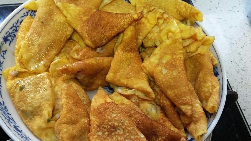 Egg dumplings (蛋饺)